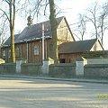 Drewniany kościół z 1737 roku we wsi Dulsk. Kwiecień 2008 #Drewniany #kościół #wieś #Dulsk #Golub #Dobrzyń
