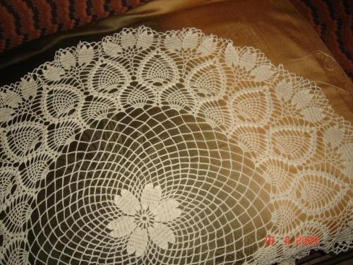 serweta szydełkowa - od środka 42 cm