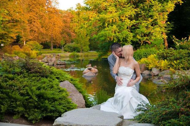 Parę z pleneru, który miał być, miało go nie być i w końcu był #Ślubne #plener #wrocław #nikon #passiv #airking