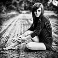 Monika #kobieta #dziewczyna #portret #droga #nikon #nikkor #passiv #airking