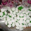 białe róze- krepina (do dekoracji kościoła na ślub) #KwiatyZBibuły #bibuła #krepina #dekoracje #hobby #KompozycjeKwiatowe #MojePrace #pomysły #Agnieszka #pasja #RobótkiRęczne #rękodzieło #moje