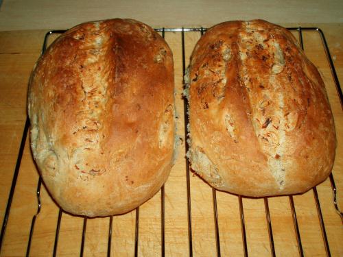 Chleb z kapustą kiszoną