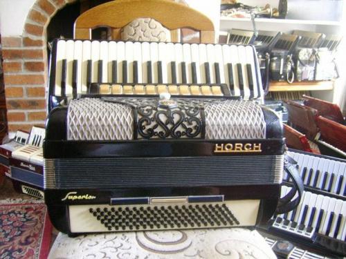akordeony