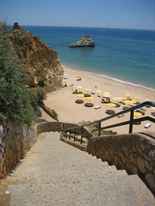 Praia da Rocha - typowe zejście na plażę #Portugalia #Algarve #PraiaDaRocha #morze #Atlantyk #ocean