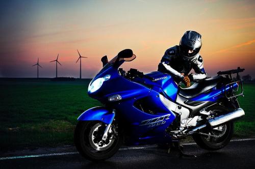 Kawasaki! Pierwsze podejscie do tematu i może nie ostatnie ;) #motoryzacja #motocykl #strobing #plener #watraki #kawasaki #passiv #airking #nikon #d700 #tamron