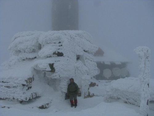 Śnieżne Kotły_Czarcia Ambona #Karkonosze #góry #zima #śnieg #ŚnieżneKotły #CzarciaAmbona