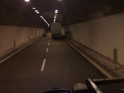 Jeden z tuneli na Lazurowym Wybrzeżu po włoskiej stronie