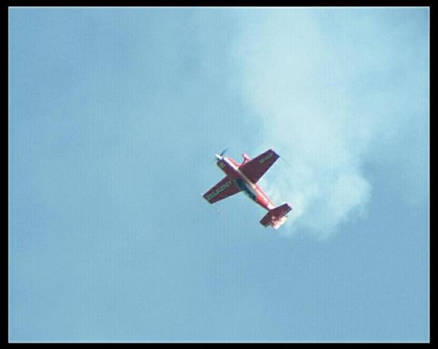 Extra 300, Zespołu Żelazny. #Extra300 #GrupaAkrobacyjnaŻelazny #AeroklubZiemiLubuskiej #Radom #Sadków #samolot #SamolotAkrobacyjny