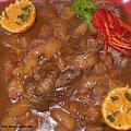 Warkocz z warkocza z gruszkami.Przepisy na : http://www.kulinaria.foody.pl/ , http://www.kuron.com.pl/ i http://kulinaria.uwrocie.info #schab #mięso #jedzenie #kulinaria #ObiadDanie #gotowanie #PrzepisyKulinarne